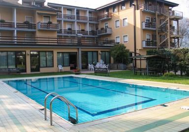 Hotel Dolomiti Levico